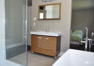 Ensuite 5 piece bathroom